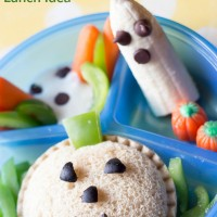 Simple and fun haunted pumpkin patch lunch idea! www.sweetpenniesfromheaven.com