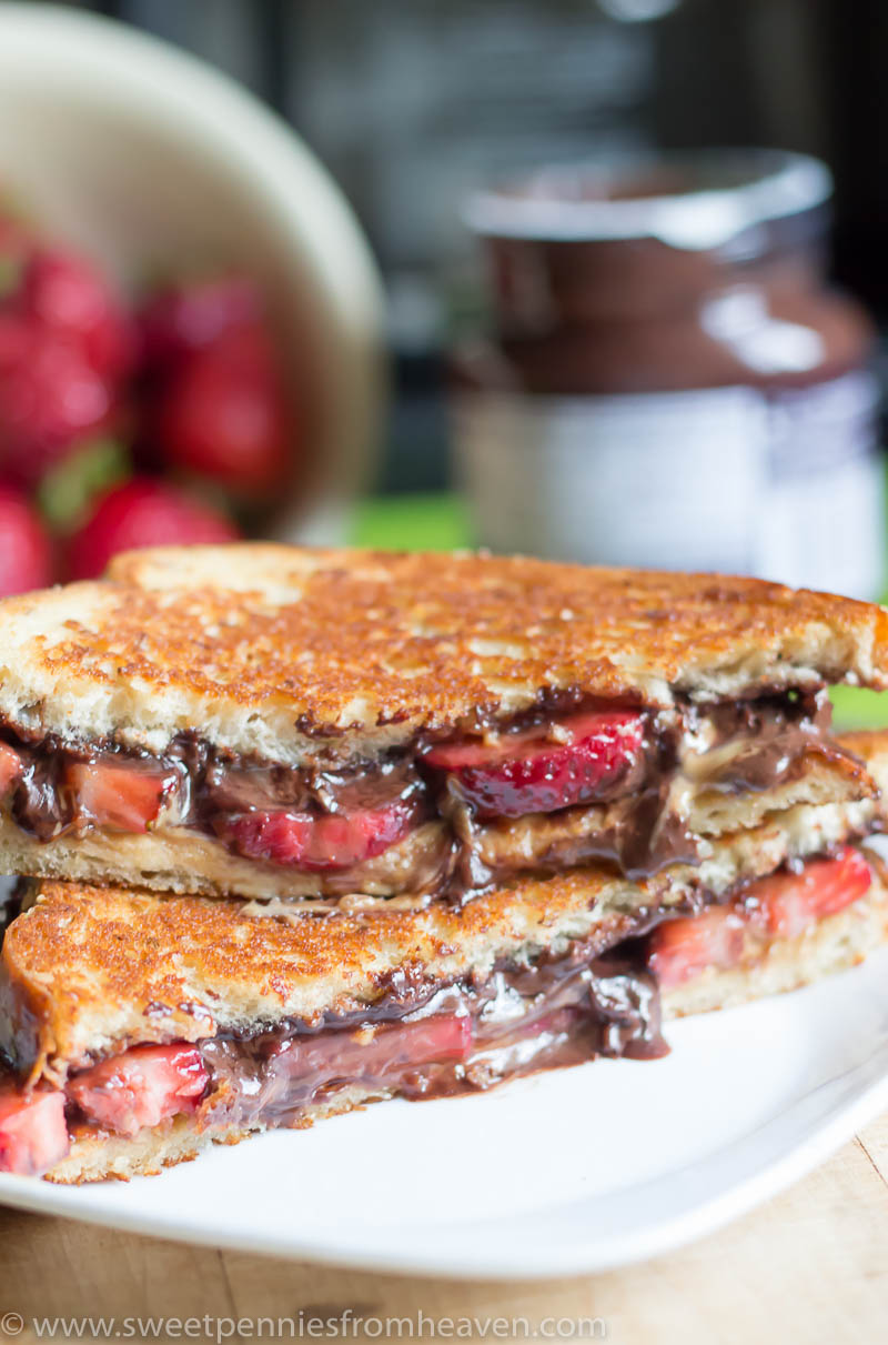 grilled chocolate peanut butter strawberry sandwich