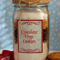 Chocolate Chip Cookies Gifts in a Jar