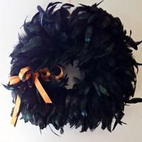 DIY Halloween Wreath with black feathers - www.sweetpenniesfromheaven.com